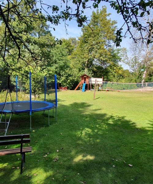 ogród - plac zabaw
